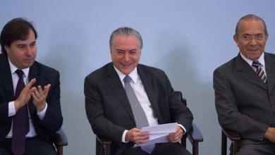 Photo of #Brasil: Temer empossa nove novos ministros após afastamento dos titulares para eleição de 2018