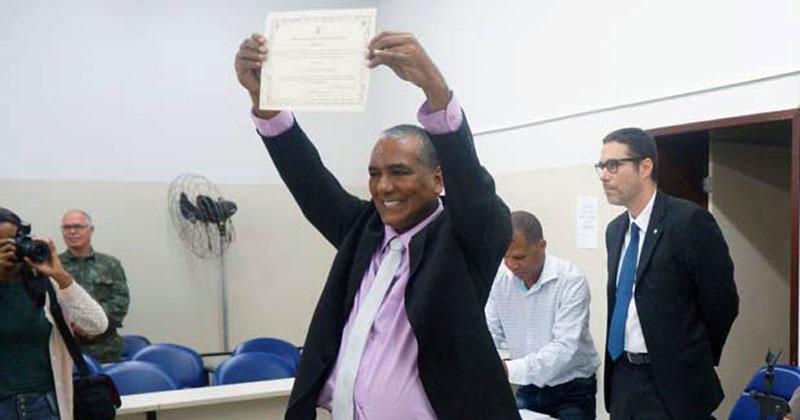 Chapada: TCM pune vereador que administrou Lençóis e aprova contas do prefeito Marcão