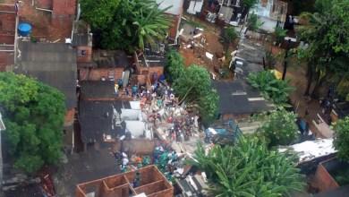 Photo of #Chuvas: Prédio onde morava família com sete pessoas desaba em Salvador; quatro morreram