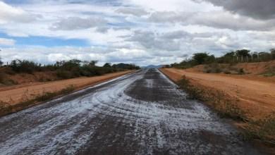 Photo of Chapada: Obras da estrada entre Marcionílio Souza e Itaetê estão avançadas; confira fotos