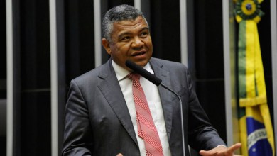 """Photo of """"Otto sabe que sempre fui contra; fui eleito para isso"""", rebate o deputado Valmir Assunção"""