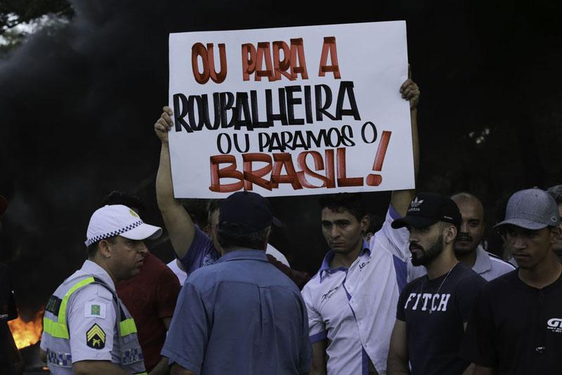 #Brasil: Veja os pontos do acordo entre governo e caminhoneiros; greve terá trégua de 15 dias