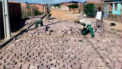 Photo of Chapada: Prefeitura de Itaetê investe em obras de pavimentação no município
