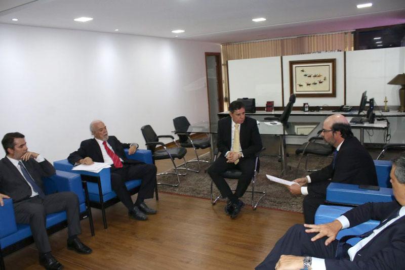 #Bahia: TCM e TCE entregam lista de gestores que podem estar inelegíveis ao TRE
