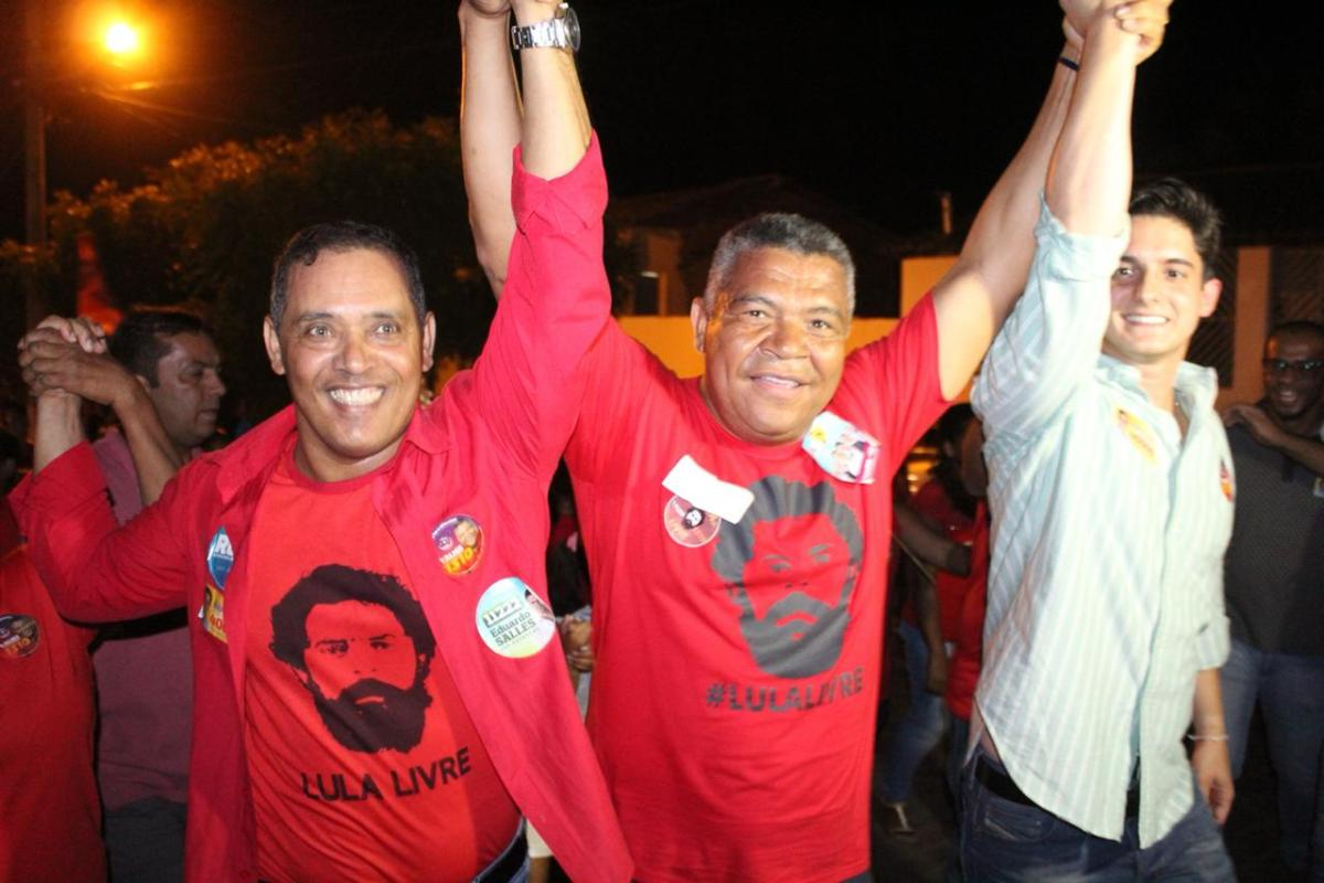 Chapada: Prefeito de Itaetê leva multidão às ruas com Valmir Assunção e Marcelinho Veiga