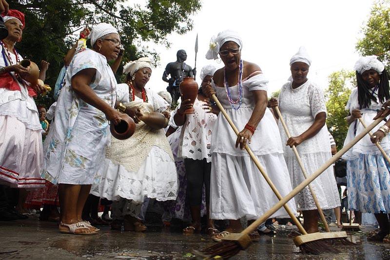 Lavagem da Estátua de Zumbi vai marcar a celebração do Dia da Consciência Negra em Salvador