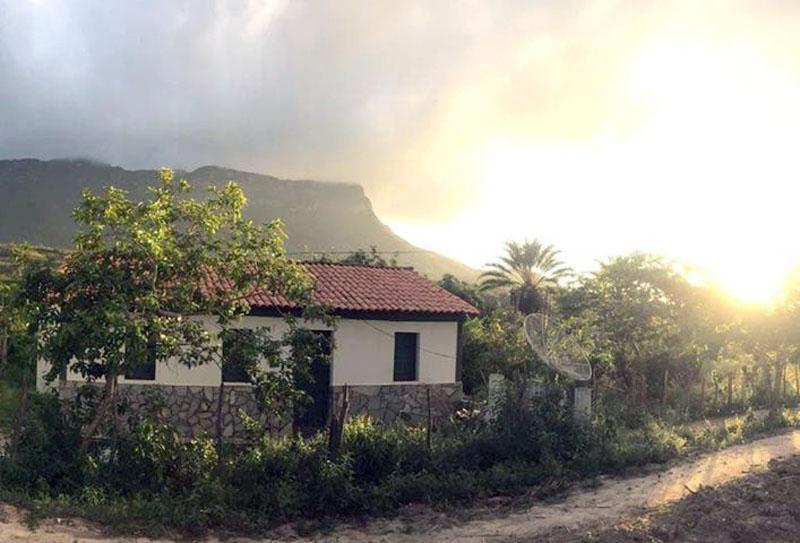 Chapada: Internauta registra nascer do sol em povoado de Abaíra e pede publicação em site