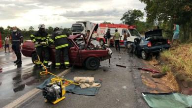 Photo of #Bahia: Acidente entre dois automóveis deixa oito feridos na BR-242 em Barreiras