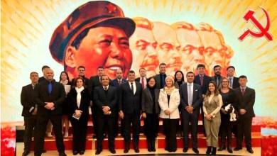 """Photo of #Polêmica: Bolsonaro se diz """"surpreso"""" com viagem de deputados do PSL à China"""