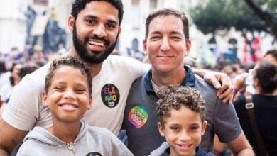 Photo of #Brasil: Suplente de Jean Wyllys na Câmara Federal é 'negro, gay e favelado'