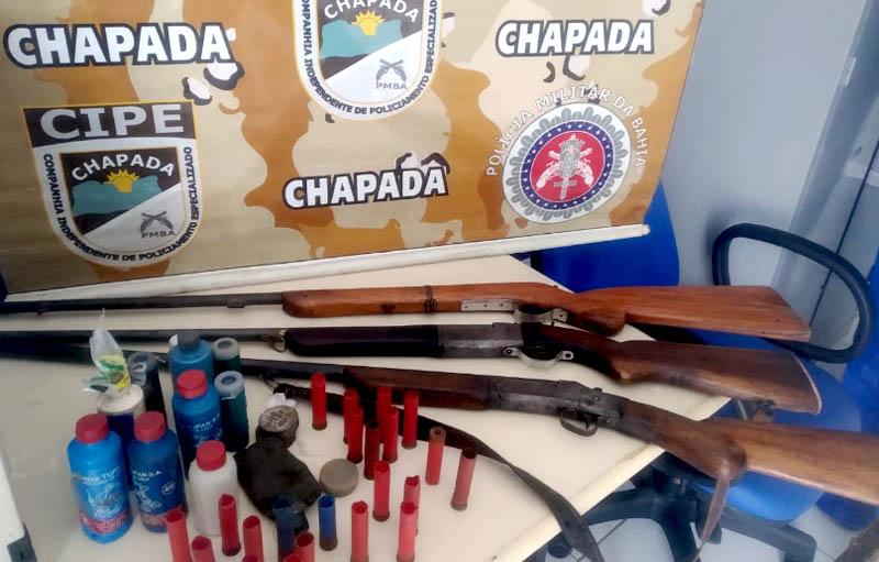 Chapada: Armas são apreendidas no distrito de Igatu em Andaraí após denúncia sobre homem que ameaçava moradores