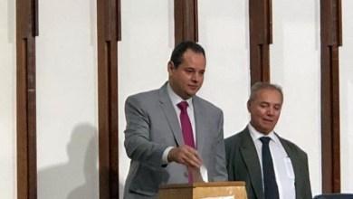 Photo of #Bahia: Deputado Nelson Leal é aclamado presidente da Assembleia Legislativo com 62 votos