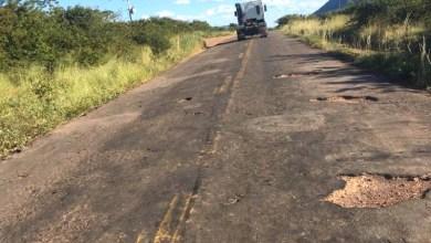 Photo of Chapada: Trecho da BA-142 entre Tanhaçu e Andaraí aguarda aval do Bird para ser requalificado