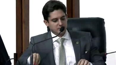 Photo of Marcelo Veiga preside sessão ordinária pela primeira vez e parabeniza trabalhadores