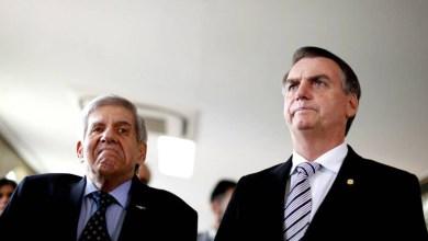 Photo of Bolsonaro diz que cachaça sairia de facada em Lula; Heleno defende prisão perpétua do ex-presidente
