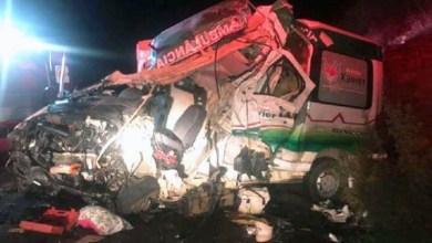 Photo of #Bahia: Acidente entre ambulância e caminhão deixa um morto e três feridos entre Iramaia e Maracás