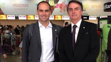 """Photo of #Vídeo: """"Se puder dar um filé mignon para o meu filho, eu dou"""", diz Bolsonaro ao reafirmar Eduardo na embaixada nos EUA"""