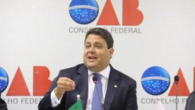 Photo of OAB considera 'execrável' tentativa da PF de entrar em escritório de advogado de Lula