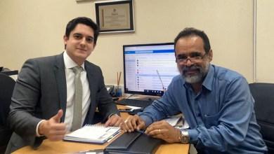 Photo of Chapada: Prefeito de Utinga e deputado querem agilizar projeto de abastecimento de água