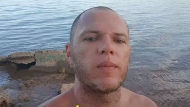 Photo of #Vídeo: Homem chora ao ser preso pela Polícia Federal por xingar deputado federal petista