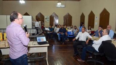 Photo of Chapada: Governo debate implantação do SIM para impulsionar a comercialização da agricultura familiar em Andaraí