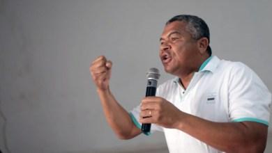 """Photo of """"Os negros deste país podem e devem requerer um dia para as suas lutas"""", diz Valmir ao criticar decisão da AGU"""