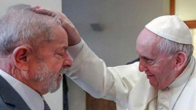 Photo of Papa Francisco se encontra com Lula no Vaticano para debate sobre combate à fome, à desigualdade e à intolerância