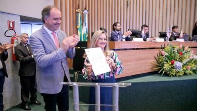 Photo of Deputada baiana Ivana Bastos assume a presidência da União Nacional dos Legisladores e Legislativos Estaduais