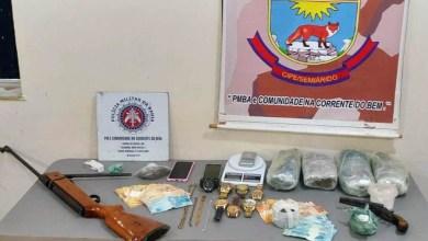 Photo of #Bahia: Operação conjunta deflagrada pela polícia em Irecê apreende armas, drogas e R$3 mil em dinheiro