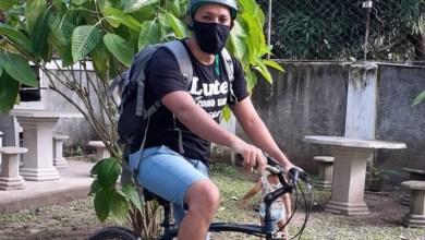 Photo of #Brasil: Em Pernambuco, professor de bicicleta leva tarefa na casa dos estudantes sem internet durante a pandemia