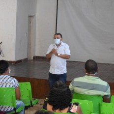 A reunião foi liderada pelo secretário de Governo, Ivan Soares, e por membros da pasta de Agricultura | FOTO: Divulgação |