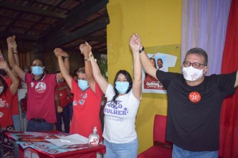 Guilma e Rodrigo receberam as mulheres para mais um debate político no município | FOTO: Divulgação |