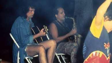Photo of #Chapada: Livro conta história de guitarrista do Led Zeppelin que morou em Lençóis por mais de uma década