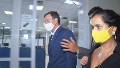 Photo of #Brasil: Prefeito do Rio de Janeiro, Marcelo Crivella é preso suspeito de corrupção nove dias antes do fim do seu mandato