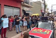 Photo of #Chapada: Servidores de Ibicoara fazem protesto contra ex-prefeito Haroldo Aguiar; dívida é de quase R$1,5 milhão