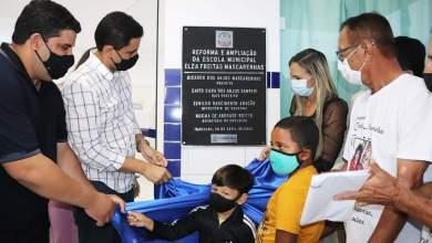 Photo of #Chapada: Prefeito e secretária de Educação de Itaberaba entregam reforma de mais uma escola pública na zona rural