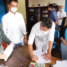 A assinatura da doação aconteceu no município de Mucugê | FOTO: Divulgação/Setur |