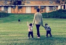 """Photo of #Brasil: Viúvo do ator Paulo Gustavo posa para fotos com os filhos; """"Quem tem amigos tem tudo"""""""