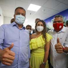 O deputado federal Valmir Assunção durante entrega da policlínica de Eunápolis com o governador Rui Costa | FOTO: Jonas Santos |