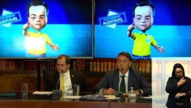 """Photo of #Polêmica: """"Analista"""" que participou da 'live' com Bolsonaro é """"militante bolsominion"""" do Exército, segundo coronel"""