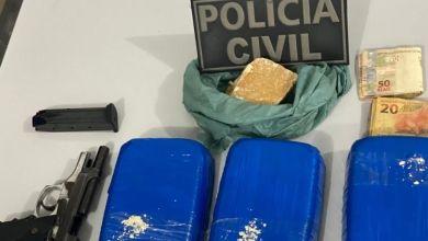 Photo of #Bahia: Policiais prendem mulher com drogas em rodoviária de Irecê