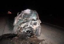 Photo of #Bahia: Motorista de caminhonete morre após bater em carreta na BR-242, no oeste da Bahia; latas de cerveja foram encontradas no veículo