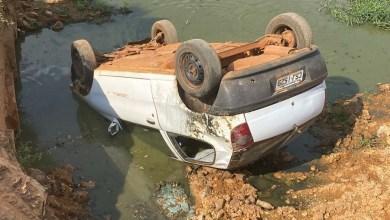Photo of #Chapada: Carro tomba em construção de ponte após motorista perder controle da direção em Livramento