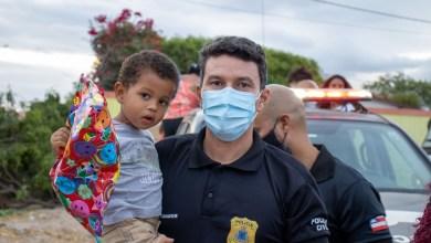 Photo of #Chapada: Delegacia Territorial de Iaçu realiza ação solidária para crianças com distribuição de brinquedos