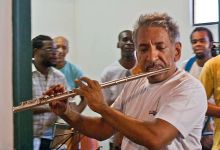 Photo of #Bahia: Músico e maestro Letieres Leite morre aos 61 anos após lutar contra a covid-19