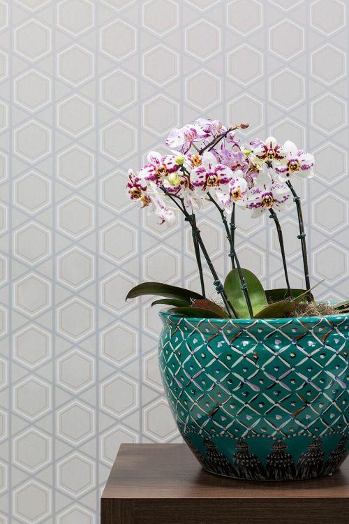 Mix de estampas também na sua casa: funciona! papel de parede geométrico