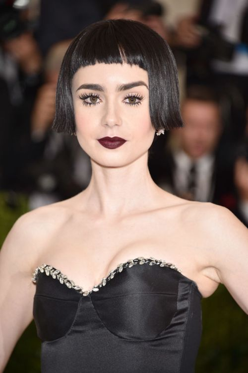 """NEW YORK, NY - MAY 01: Lily Collins attends the """"Rei Kawakubo/Comme des Garcons: Art Of The In-Between"""" Costume Institute Gala at Metropolitan Museum of Art on May 1, 2017 in New York City. (Photo by Kevin Mazur/WireImage)"""