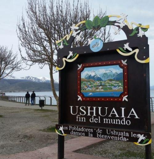famosa placa do fim do mundo ushuaia patagônia