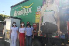 À esquerda, Esther Langui e Denise Minelli do Hospital Carlos Fernando Malzoni e Mirela Jabur, gerente de marketing da Brasilux.(3)