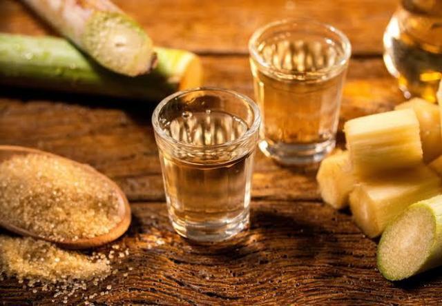 Cachaça fluminense: entre os melhores destilados do mundo